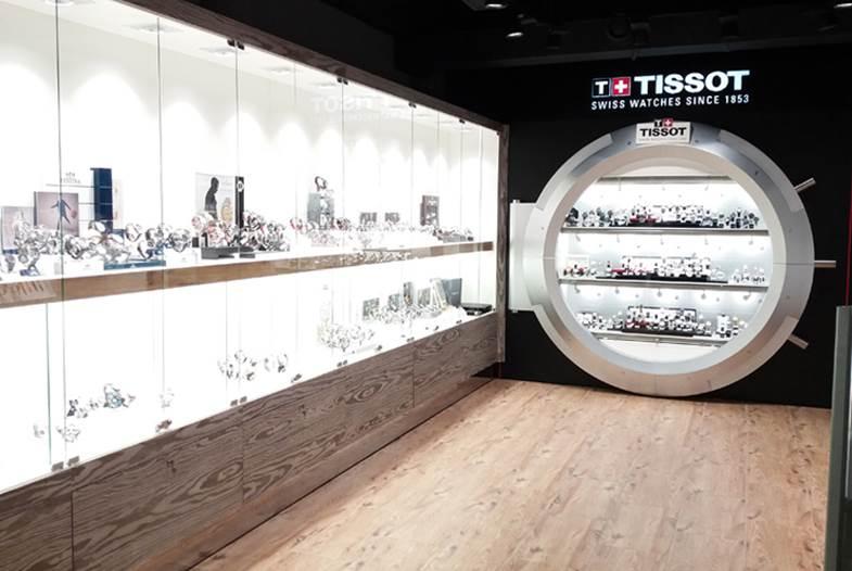 ТЦ Европа, киоск Tissot-Calvin Klein-Swatch, ул. Дерибасовская, 21, 2 этаж